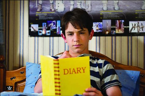 diary   wimpy kid dog days