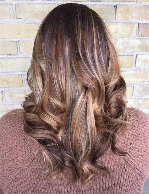 Hairstyles Brown With Highlights by 30 Alluring Subtle Highlights For Brown Hair