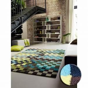 tapis design pixel par esprit home vert bleu et jaune With tapis bleu jaune
