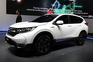 Honda Hybride 2017 : honda cr v hybrid concept le cr v passe l 39 hybride francfort photo 1 l 39 argus ~ Dode.kayakingforconservation.com Idées de Décoration