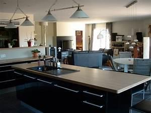 Cuisine semi ouverte avec bar 9 decoration cuisine for Idee deco cuisine avec cuisine Équipée modele