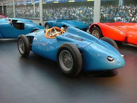 La bugatti type 251 est une monoplace de formule 1 du constructeur automobile français bugatti, construite en deux exemplaires en 1955 et 19561. Bugatti Type 251