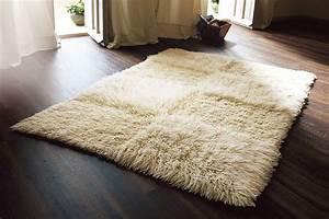 Tapis Beige Salon : tapis flokati blanc beige espace rev tements pouteau 35 ~ Teatrodelosmanantiales.com Idées de Décoration