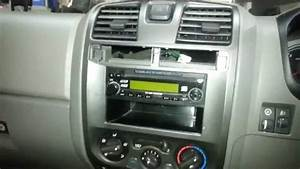 How To Remove A Holden Colorado    Rodeo Radio