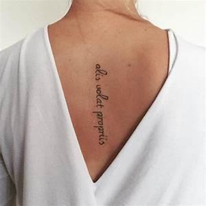 Frauen Rücken Tattoo : wirbels ule t towierung ~ Frokenaadalensverden.com Haus und Dekorationen