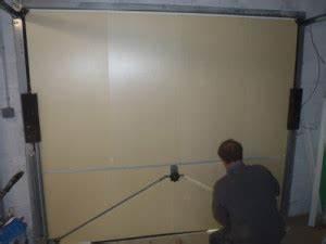 Isoler Une Porte De Garage : isolation portes de garage plaques de polystyr ne ~ Dailycaller-alerts.com Idées de Décoration