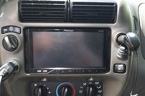 Need Help Quick  06 Ranger Double Din Install