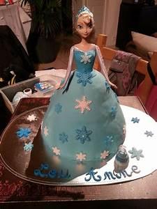 Gâteau Reine Des Neiges : gateau reine des neiges anniversaire reine des neiges ~ Farleysfitness.com Idées de Décoration