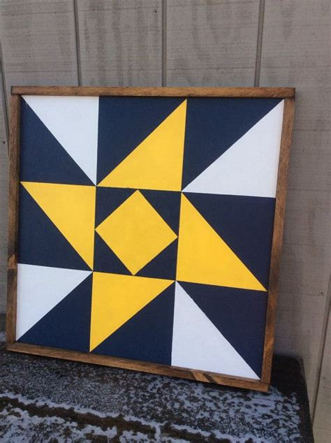 ideas  painted barn quilts  pinterest