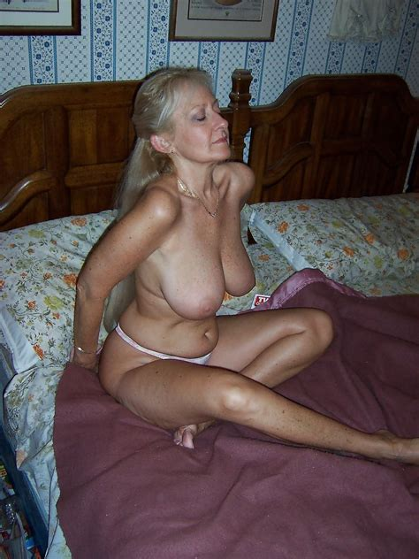 Milf In Gallery Super Hot Mature Mom Picture Uploaded By Diablo On Imagefap Com