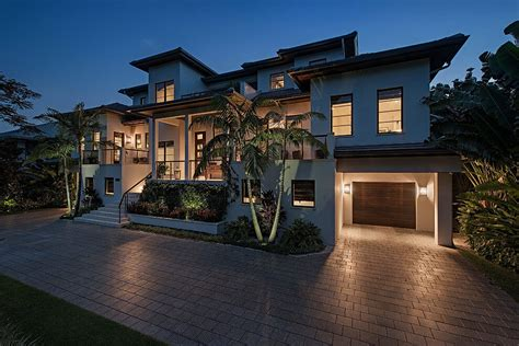 floor master suite dn architectural designs house plans