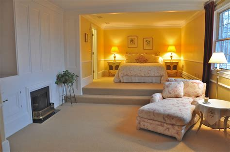 Master Bedroom With Sitting Room  Home Design