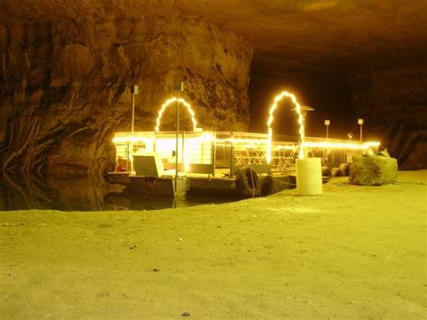 great underground places  missouri
