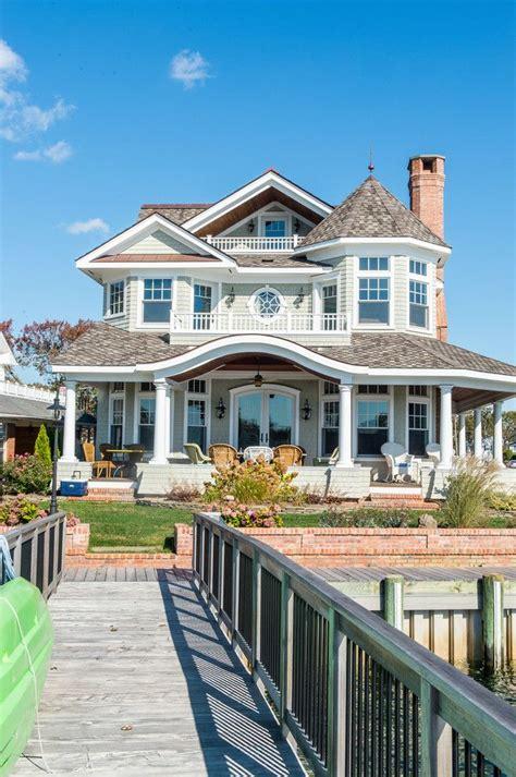 15 superb coastal home exterior designs for the beach