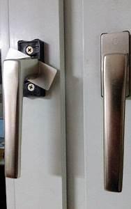 Balkontür Griff Aussen : terrassent r nachtr gliche sicherung einbruchschutz mit sicherheitsfolie ~ Frokenaadalensverden.com Haus und Dekorationen
