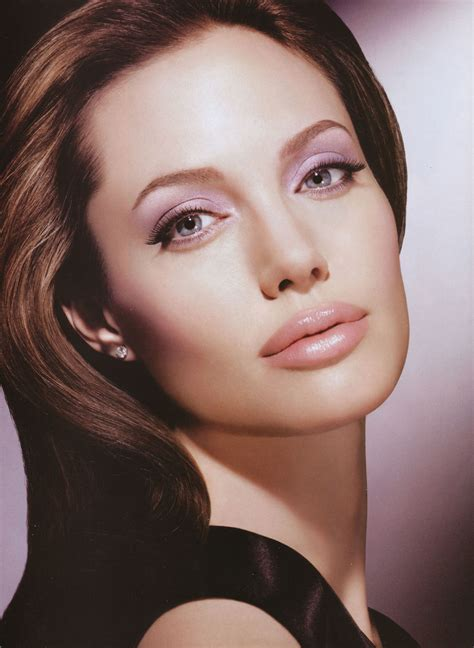 Angelina Jolie photo 751 of 3594 pics, wallpaper - photo ...