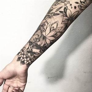 Tatouage Demi Bras Homme : tatouage manchette femme poignet tatoo fleur femme tatouage bras et avantbras en ides pour ~ Melissatoandfro.com Idées de Décoration