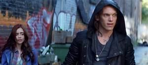 PARAFANTASY: Mortal Instruments: City of Bones [Movie News]