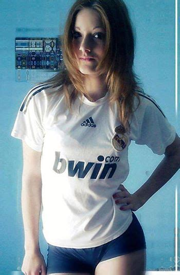 Stunning Gallery! 50 Really Hot Women In Football Shirts ...