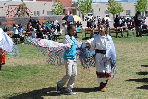 Susie Rayos Marmon Students Celebrate Native American Culture