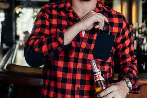 plaid blue shirt 20 best 39 s flannel shirts gearmoose