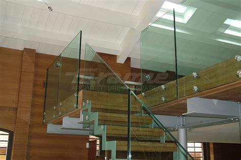Garde corps en verre design   Rambarde verre   Balustrade