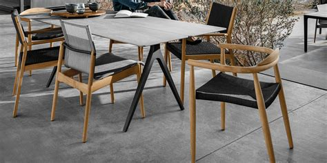 table chaise exterieur scandinavian lifestyle furniture jardin de ville