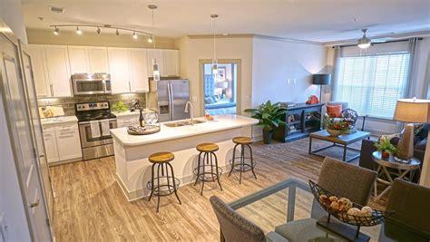 One Bedroom Apartments Richmond Va by Luxury Apartments In Richmond Va Avia