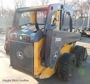 2013 John Deere 318d Skid Steer In Topeka  Ks