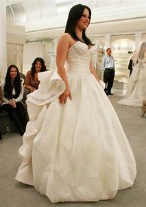 should i buy a used wedding dress 4 things to consider With who buys used wedding dresses