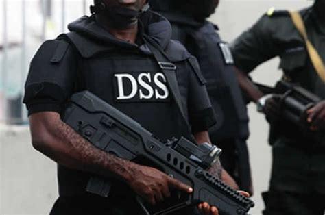 bureau de change dollar dss raids bureau de change operators in abuja lagos forces dollar to 400 fleekng