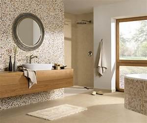 Günstige Fliesen Für Badezimmer : bad mit nat rlichem strandlook ~ Markanthonyermac.com Haus und Dekorationen
