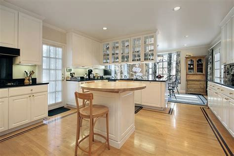 wood flooring ideas for kitchen 53 charming kitchens with light wood floors