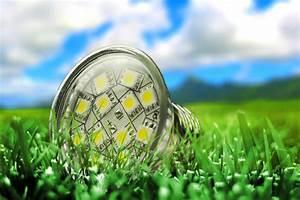 Led Lampen Lebensdauer : der gro e leuchtmittelcheck bei stiftung warentest halogen und kompaktleuchtstoff vs led ~ Orissabook.com Haus und Dekorationen