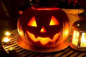 Kürbis Bemalen Gesicht : halloween k rbis schnitzen so wird s gemacht garten garten ~ Markanthonyermac.com Haus und Dekorationen