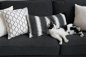 Coussin Gris Et Blanc : salon gris et blanc blog d coration d 39 int rieur clem ~ Melissatoandfro.com Idées de Décoration