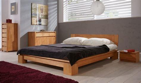 chambre a coucher moderne en bois lit en bois massif vinci chambre coucher adulte