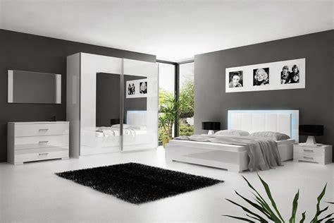 chambre avec chambre à coucher blanc laqué avec éclairage led comforium