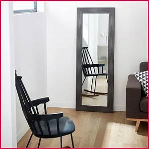 50 ides de grand miroir design galerie dimages for Miroir mural grande taille