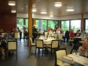 Restaurant la vague piscine de prilly a prilly for Restaurant de la piscine de prilly 4 restaurant la vague piscine de prilly terrasse banquet