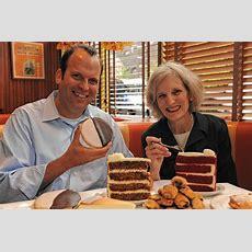 Alan Rosen And Beth Allen Shares The Cheesecake Recipe In Their New 'junior's Dessert Cookbook