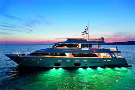 Yacht Luxury by 2016 Luxury Yachts Pricelist Luxury Things