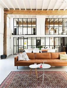 Design attractor grandiose loft from netherlands for Deco cuisine avec chaise de salon cuir