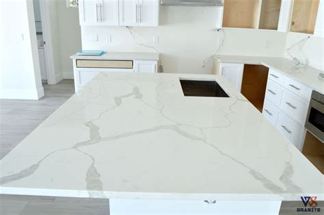 Kitchen Countertops   Material: Calacatta Classique from