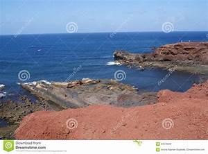 Atlantic Lava Stone : volcanic rocks on atlantic ocean stock photo image 64579253 ~ Markanthonyermac.com Haus und Dekorationen
