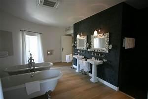 Badezimmer Farbe Statt Fliesen : 1001 ideen f r badezimmer ohne fliesen ganz kreativ ~ Michelbontemps.com Haus und Dekorationen