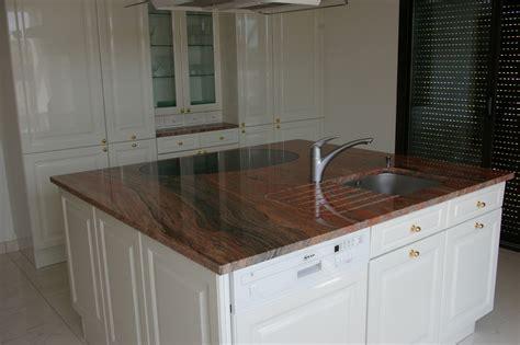 cuisine granite exemples de réalisations de cuisines avec plan de travail