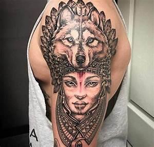 Loup Tatouage Signification : zoom sur le tatouage tribal sa signification et son histoire ~ Dallasstarsshop.com Idées de Décoration