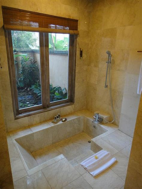 sunken bathtubs the 25 best ideas about sunken bathtub on pinterest inspired style baths amazing bathrooms
