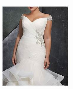 20 gorgeous and cheap plus size wedding dresses under 200 With cheap plus size wedding dresses under 200
